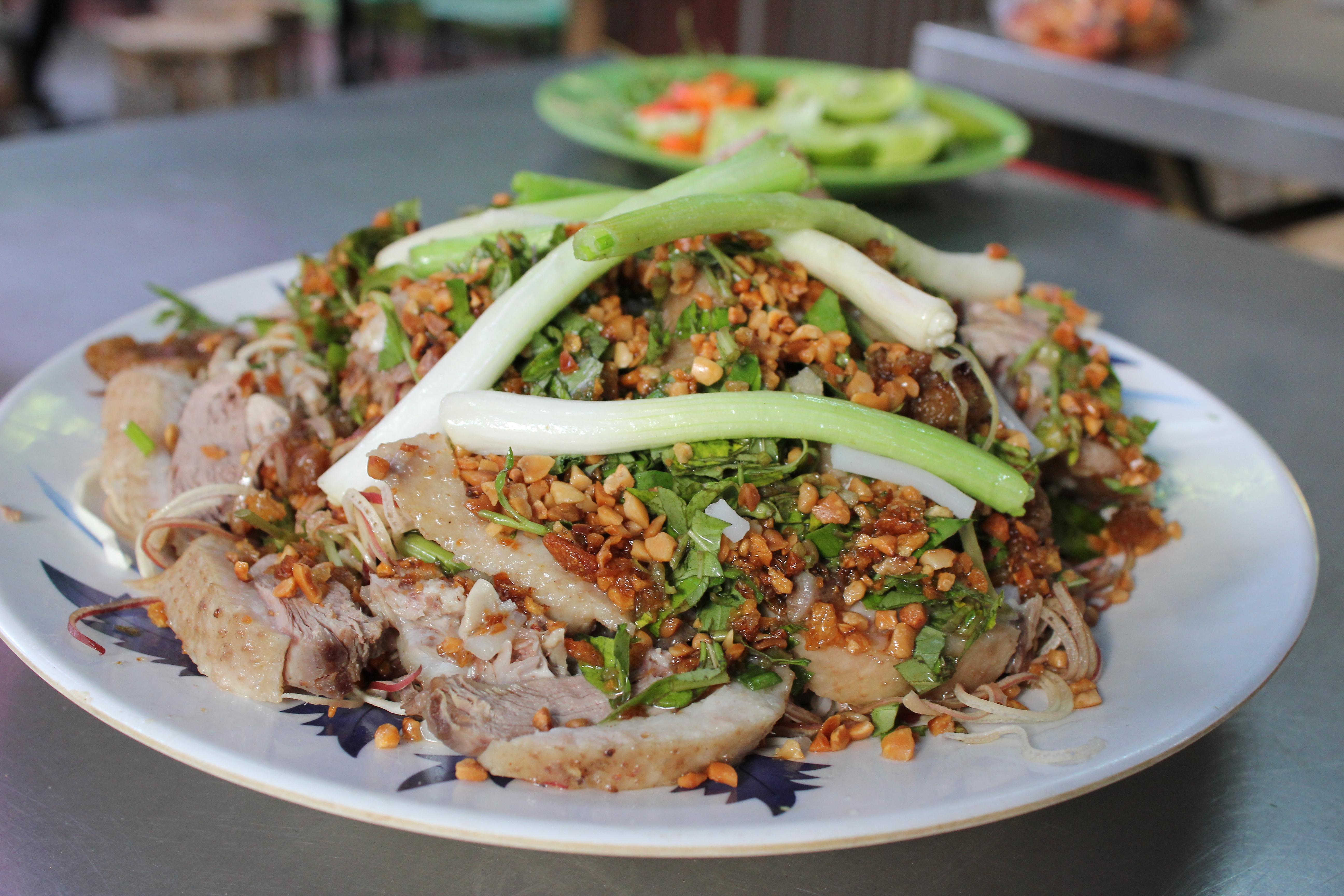 Goi Vit – Boiled Duck Salad Served with Shaved Banana Flower ...
